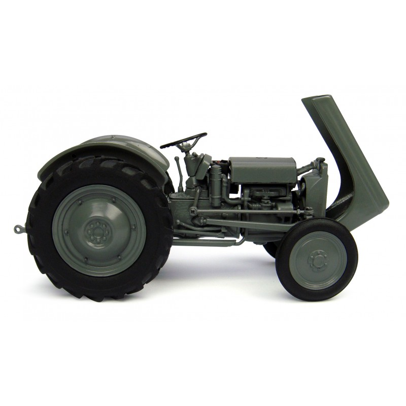 TRACTEUR DIE CAST 3 MODELES ASSORTIS DISPLAY 1/32